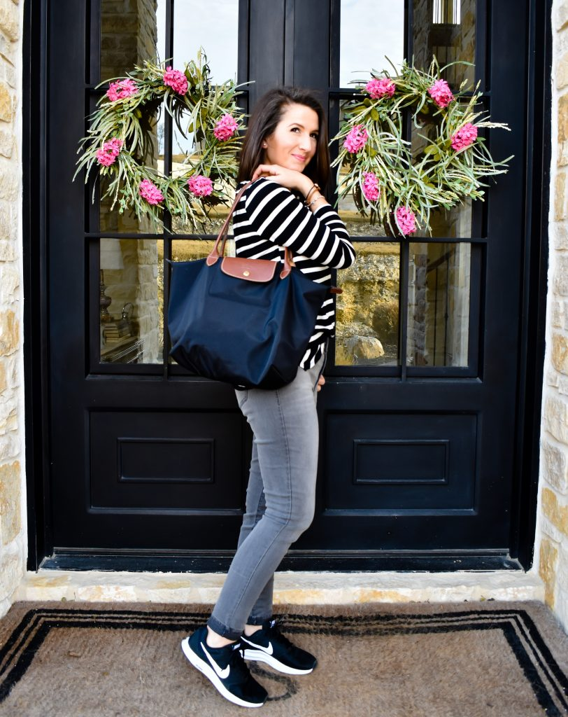 Wear Grey Jeans for Errands | 3 Ways to Style Grey Jeans | Cathedrals and Cafes Blog