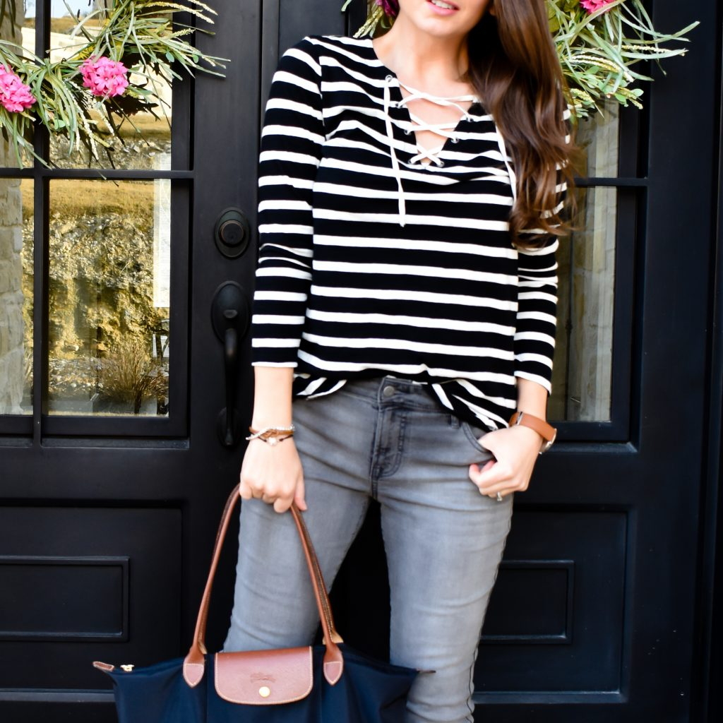 Wear Grey Jeans for Errands or Game Day | How to Wear Grey Jeans | Game Day Outfits | Cathedrals and Cafes Blog